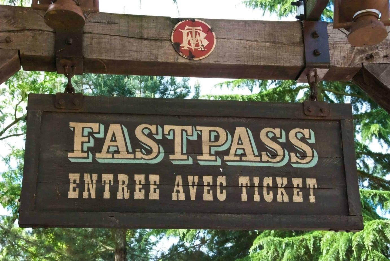 how to buy fastpass disneyland