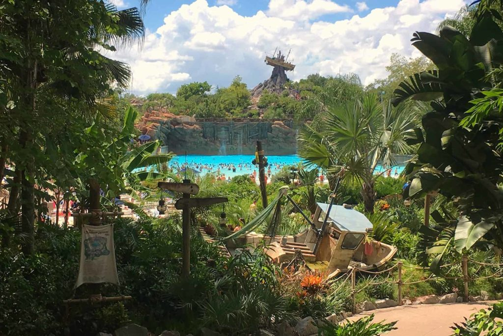 Typhoon Lagoon of Blizzard Beach, welk Disney World waterpark is het leukst?