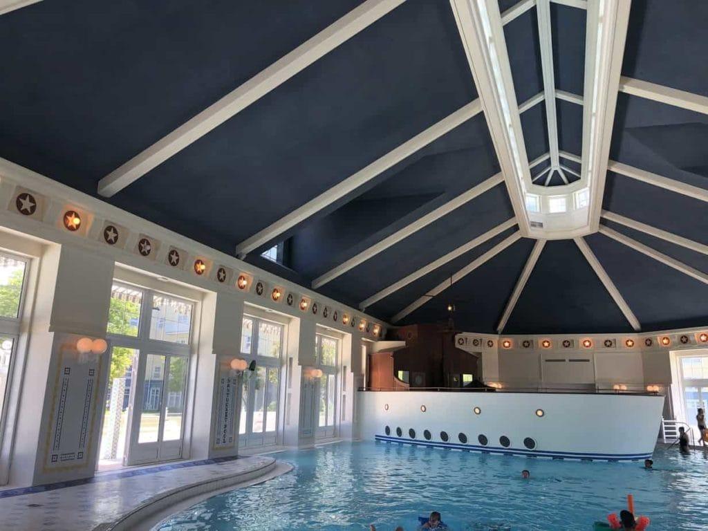 Zwembad Newport Bay Club