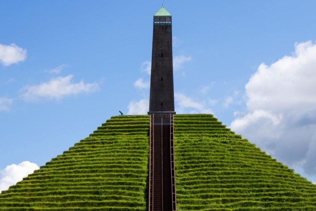 De Pyramide van Austerlitz, wat kan je er zien én doen?